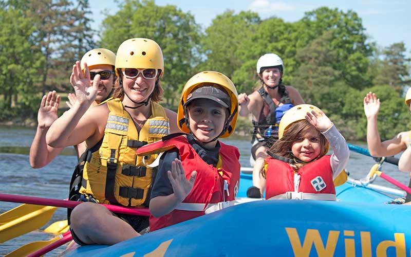 Kids rafting in Ottawa